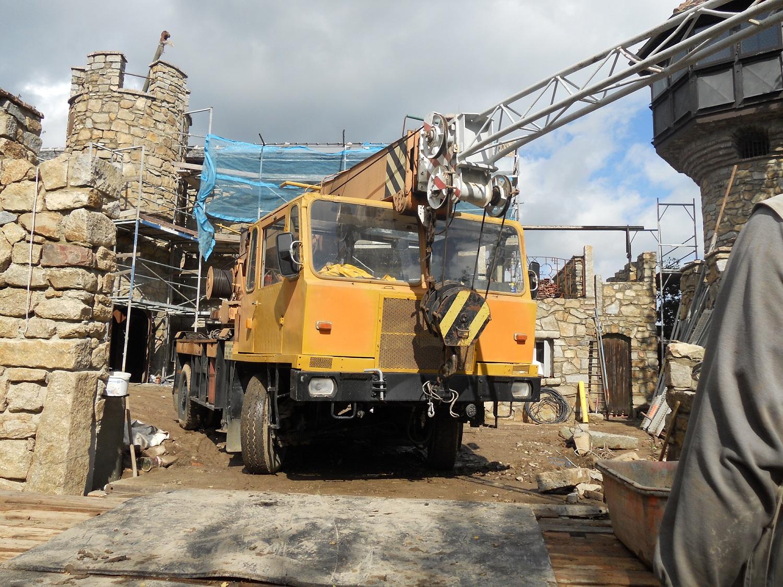 Jakubzburg zu Mortka während der Bauphase. Foto: Freizeitoase Mortka GbR
