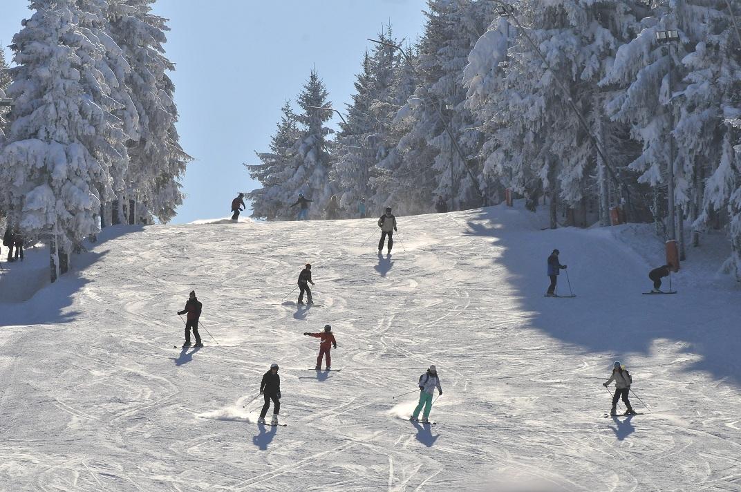Lift Skilift Skihang Altenberg Foto: Egbert Kamprath