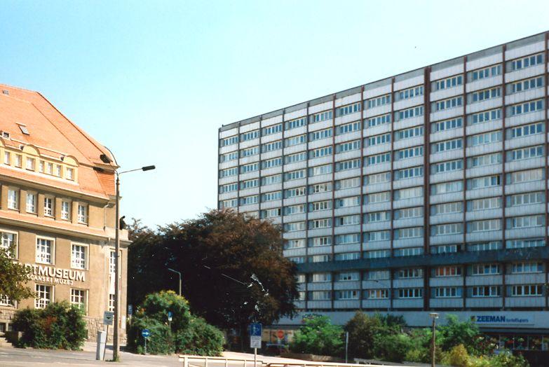 Bautzen-Hochhaus-1998-2