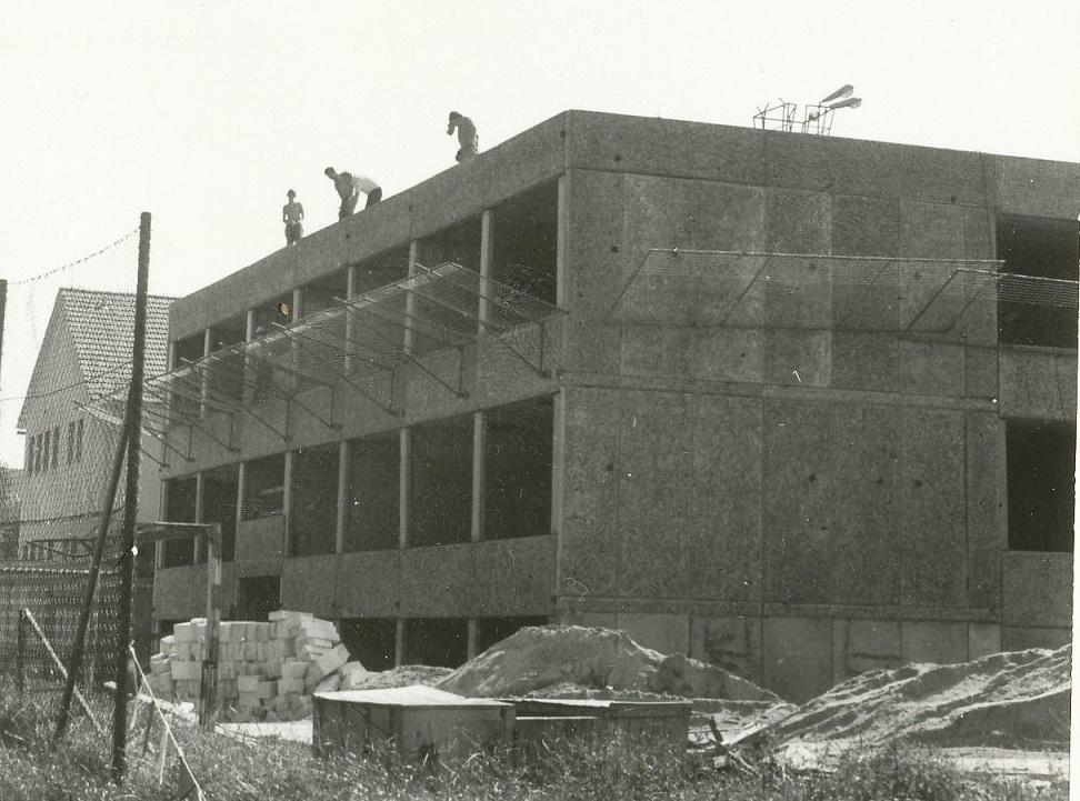 Neubau der Schule in Weigsdorf-Köblitz.