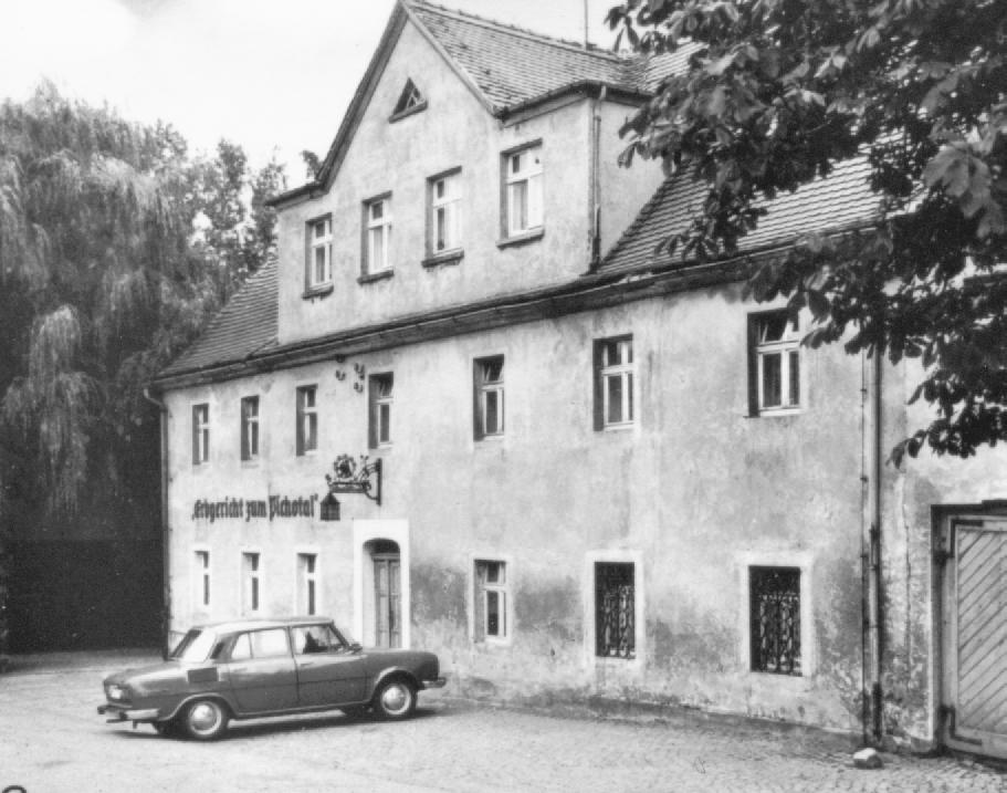 Das Erbgericht Tautewalde um 1990.