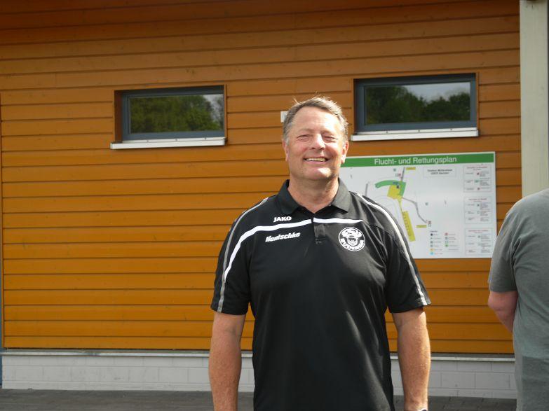 Der Mannschaftsleiter Wolfgang Seiler beendet nach 30 Jahren seine Tätigkeit und hat mehr Zeit für seine Familie.