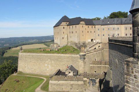 Festung Königstein oto: pixabay.com