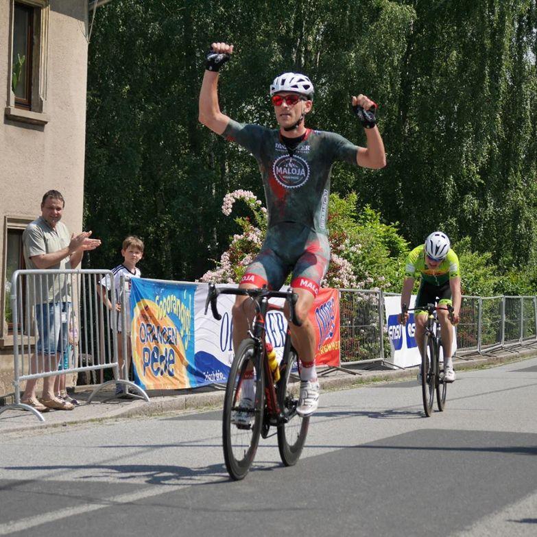 Der Siegerer des Eliterennens Stefan Schäfer.