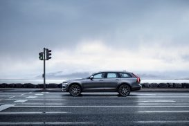 Volvo_V90_Cross_Country-273x182.jpg