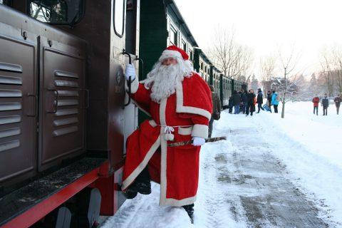 weihnachtsmann_waldeisenbahn