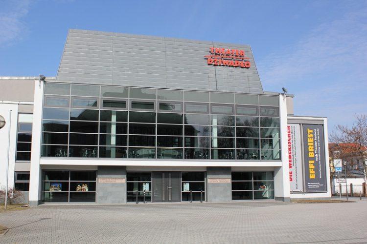 BZ-Theater-750x500.jpg